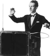 200px-leon_theremin_playing_theremin.jpg